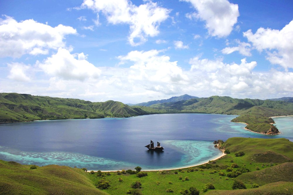 Komodo & Raja Ampat - The Other Side of Indonesia