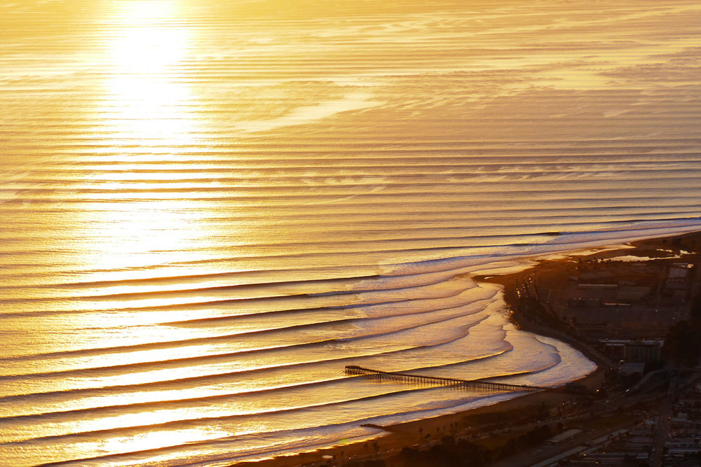 VENTURA GOLD LINES w SUN  TRAIL.IG.jpg