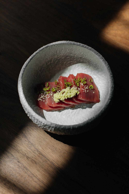 The-Cape_Manta_sashimi atun.jpg