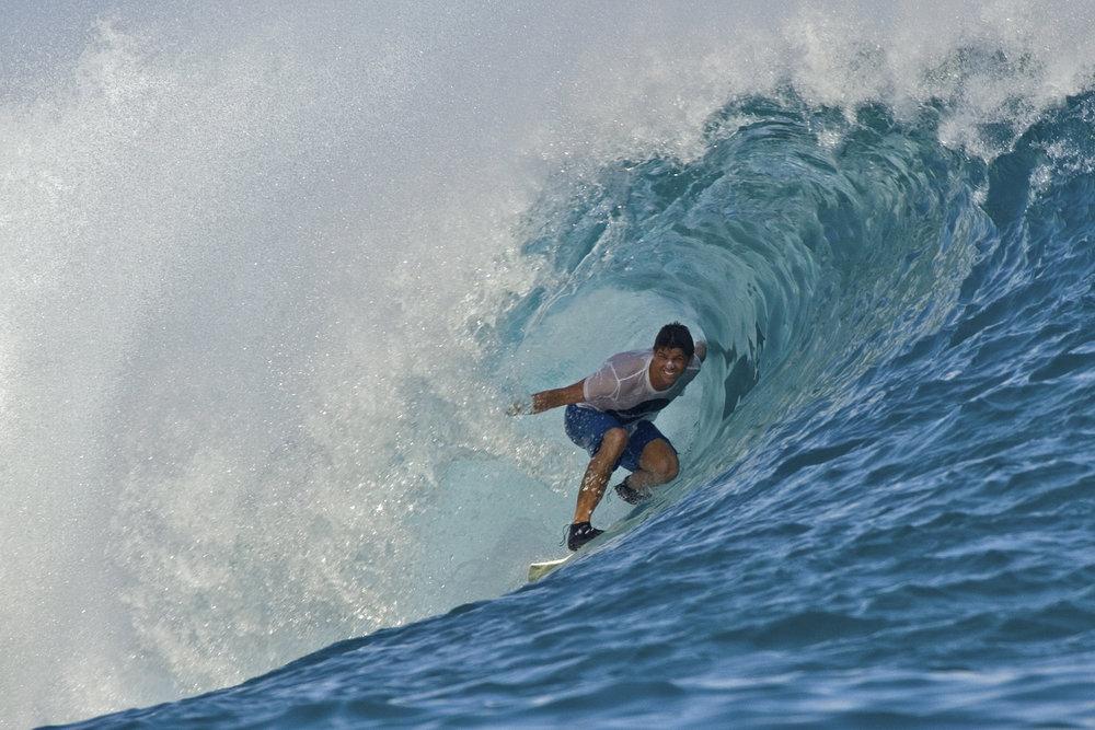 Anantara_Dhigu_Surfing.jpg