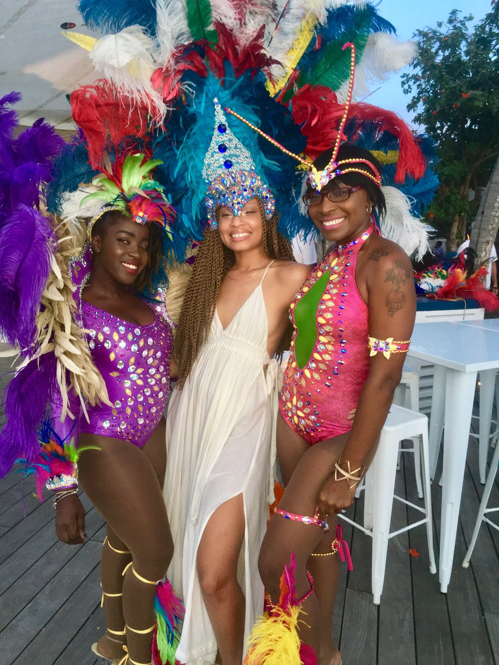 *adds Carnivale to bucket list* - I met some beautiful women on this trip. Sheesh.