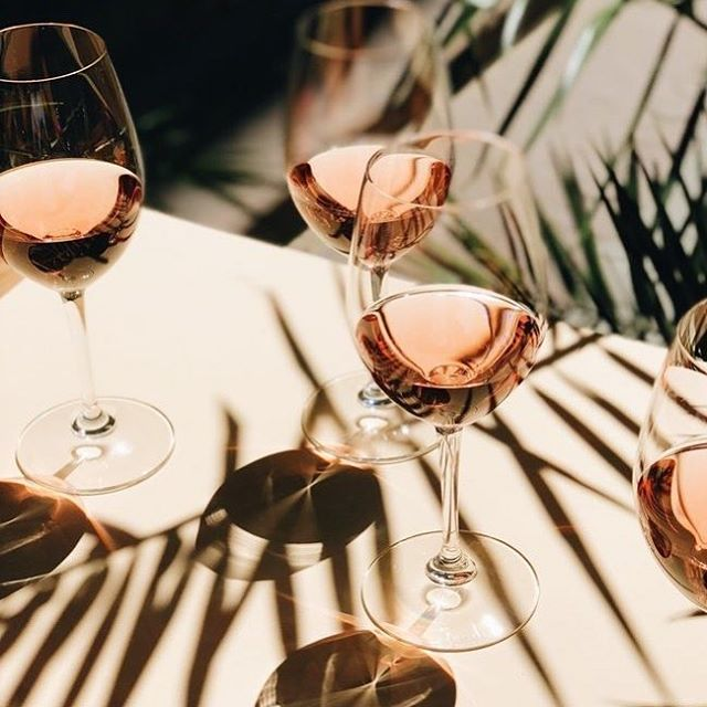 Summer is officially here in Texas (We don't get a Spring here) and with 90 degree weather we turn to our favorite Rosè wines. So if you need us you'll find us working by the pool sipping on @unalourose !