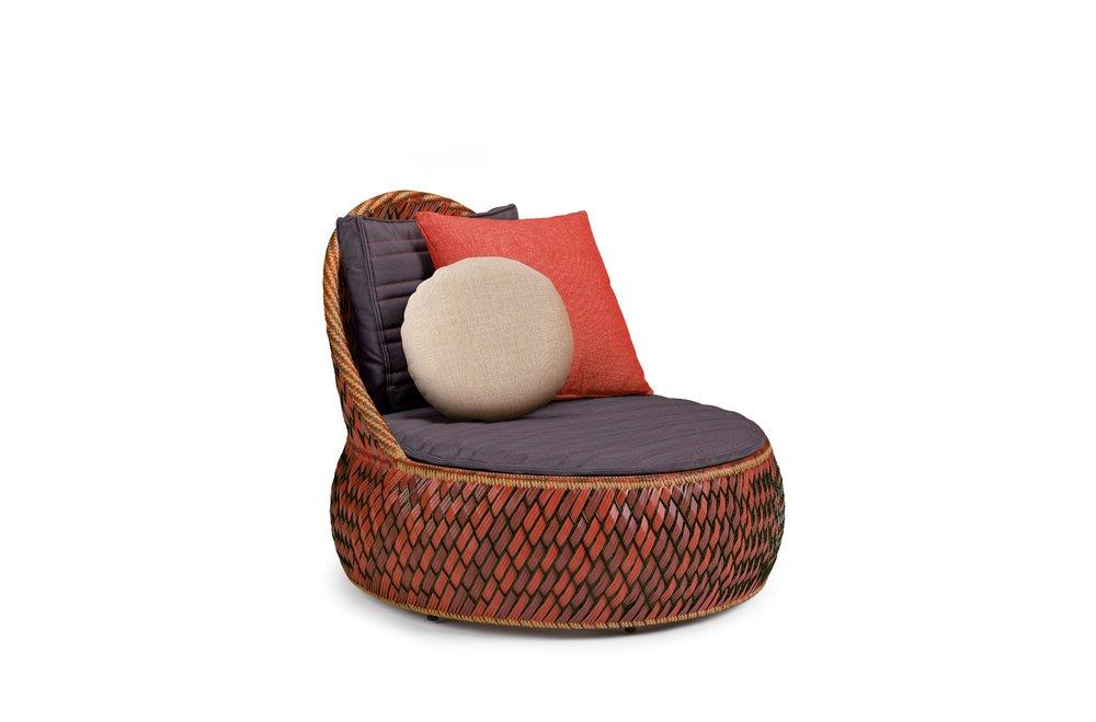 dedon-dala-loungechair-fire.jpg