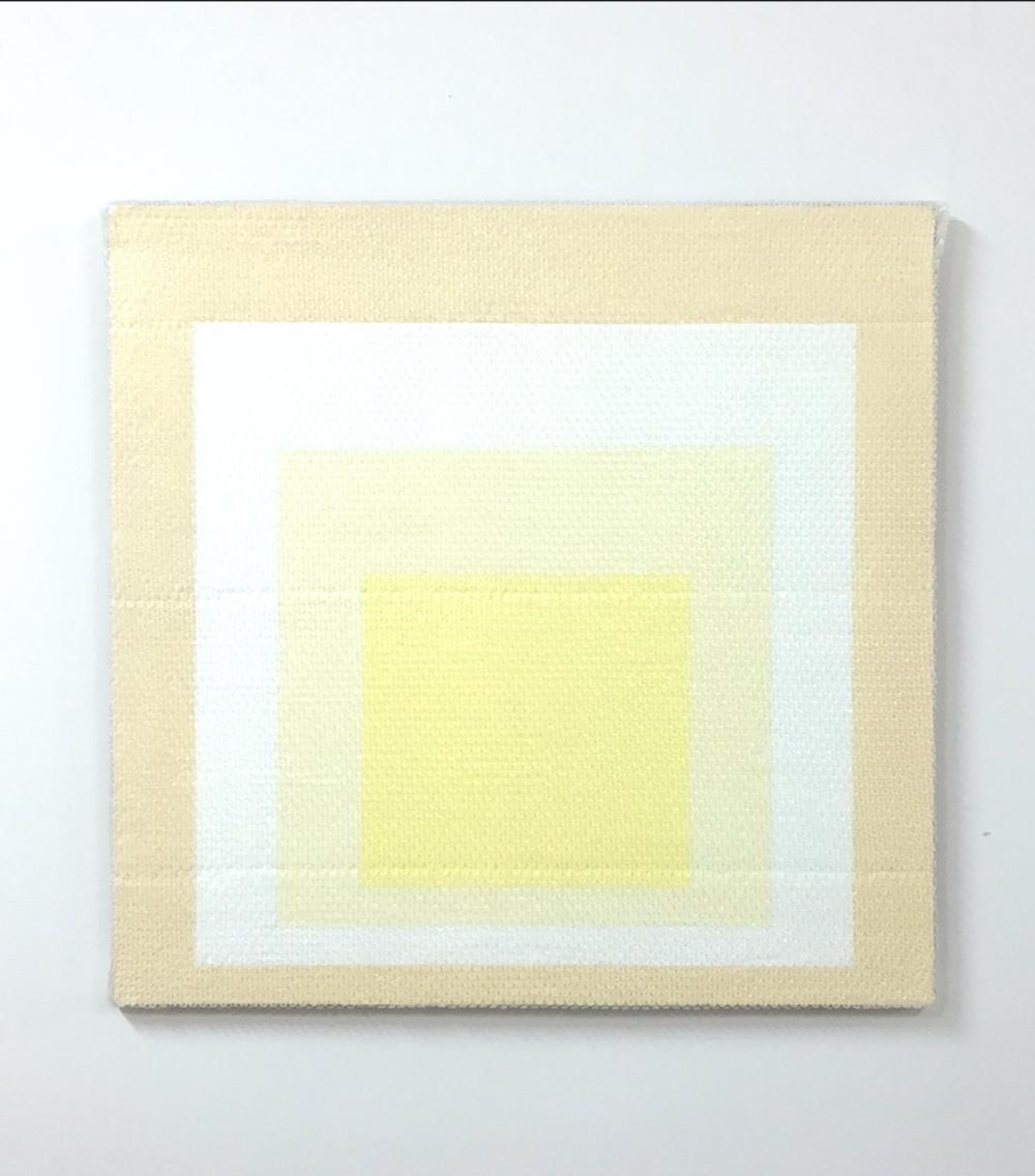 """Homage to the Square #4, 2018  Acrylique sur toile de lin, 36"""" x 36""""."""