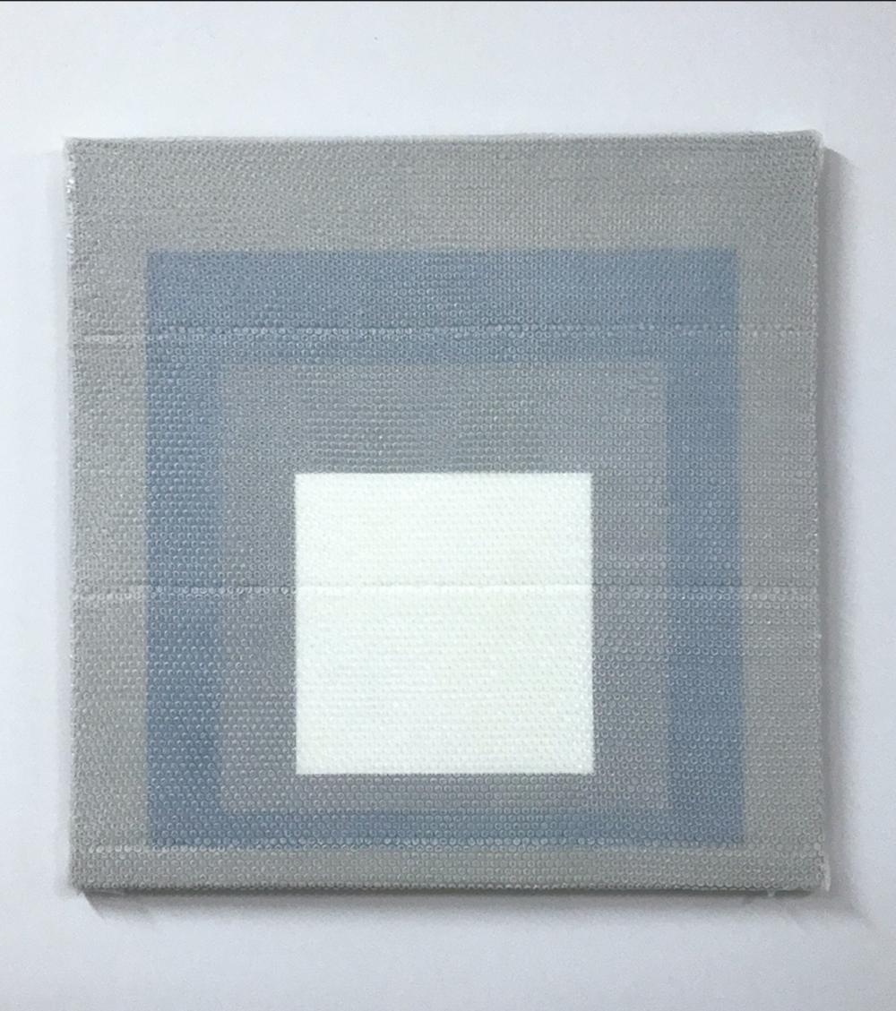 """Homage to the Square #5, 2018,  Acrylique sur toile de lin, 36"""" x 36""""."""