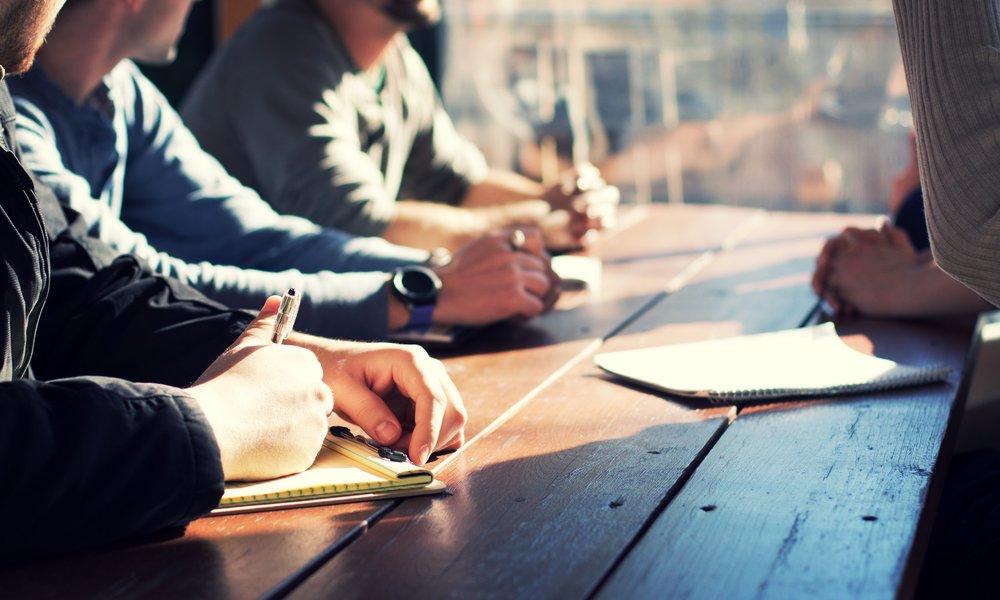 Bibel-Studierfreizeiten - Für erwachsene Bibelleser. Die zwei Studierfreizeiten mit je zwei Referenten finden im Früh- und Spätsommer statt.