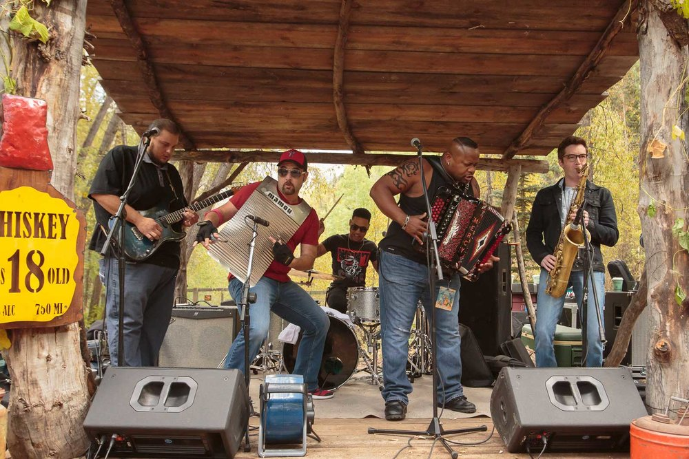 Dwayne-Dopsie-and-the-Zydeco-Hellraisers_JS_JAS90971.jpg