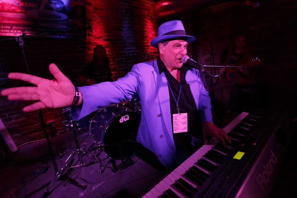 <p><strong> Mitch Woods Club 88 </strong> Mitch Woods' Club 88 is a FREE after-hours jam session. <a href=/late-night-shows>More →</a></p>