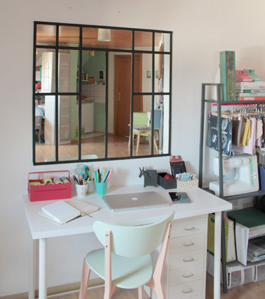 faire-une-verriere-interieure-hyper-deco-avec-des-miroirs.jpg