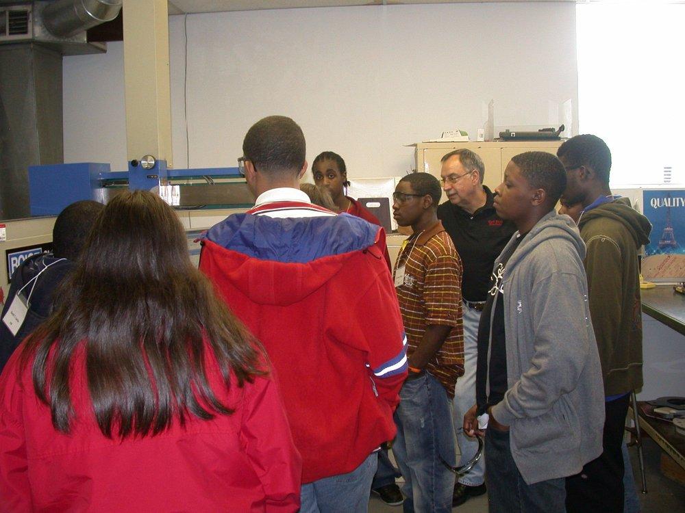 wire net students 009.jpg