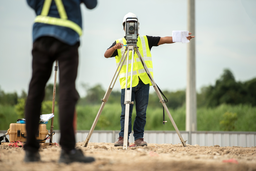 Land Surveying Types – Topographical Survey and Boundary Survey