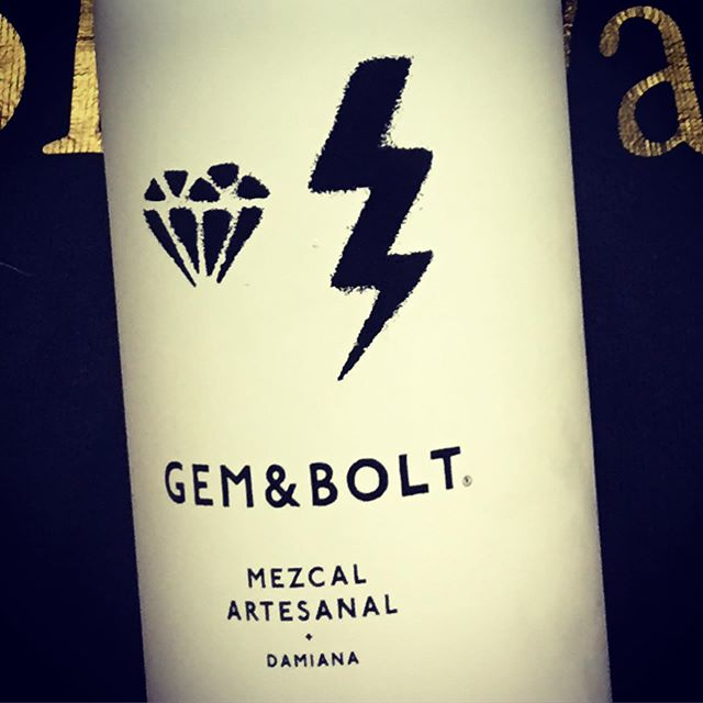 #flashback to sponsors @gemandbolt the perfect potency to a Mezcal negroni for @papermachetiger 10th anniversary party #gemandbolt #Halloween #throwbackthursday  #drinkSponsors #Mezcalartizanal #mezcal  #papermache10 #mouchelondon #sherlockparties #liquidspirit #mixology #cocktails #negroni #twins #theshiningtwins #theshining