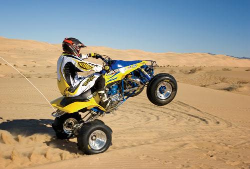lt500_action-wheelie_.jpg