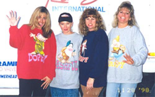 Tammy, Karen, Shiene & Tracy-1998.jpg