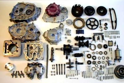 big-engine-400ex-disassembled.jpg