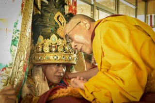 HHDL with the Nechung Oracle