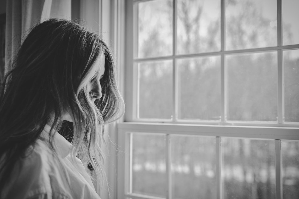 What is Postpartum Psychosis? - A woman with Postpartum Psychosis has become detached from reality. This condition is rare, affecting about 1-2 women of every 1,000 births. Postpartum Psychosis is considered a medical emergency. If you suspect you or your loved one have postpartum psychosis, you should seek help immediately by calling your doctor, a mental health crisis line or by going to the emergency room.