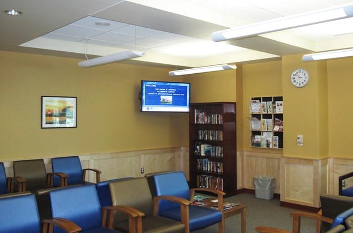 digital-signage-installation-oscar-johnson-va-medical-center_1.jpg