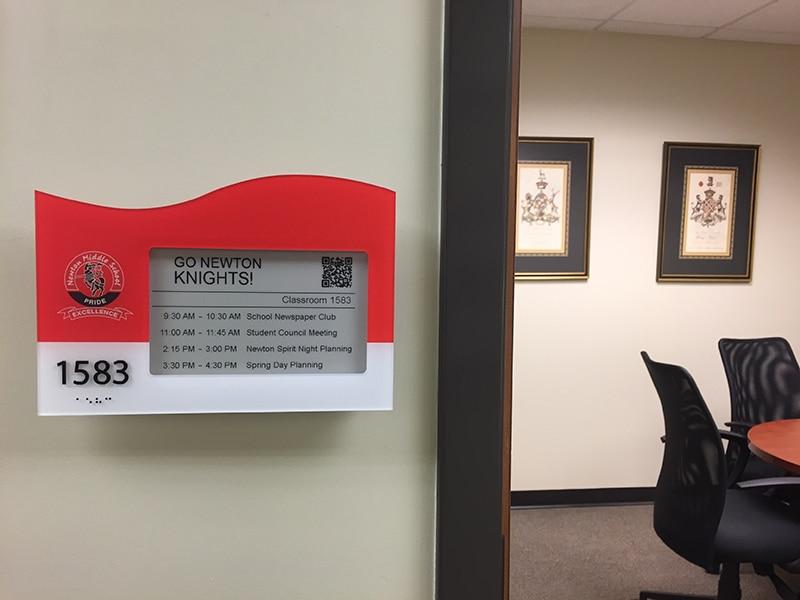 eps-74-epaper-room-sign.JPG