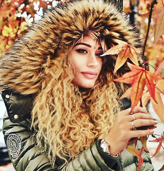 And now it's fall! Last night snow never happened!  #winterjacket #hairstyles #newyork #fall #winter #les #brooklyn #jacket #fur #furwiththeboots