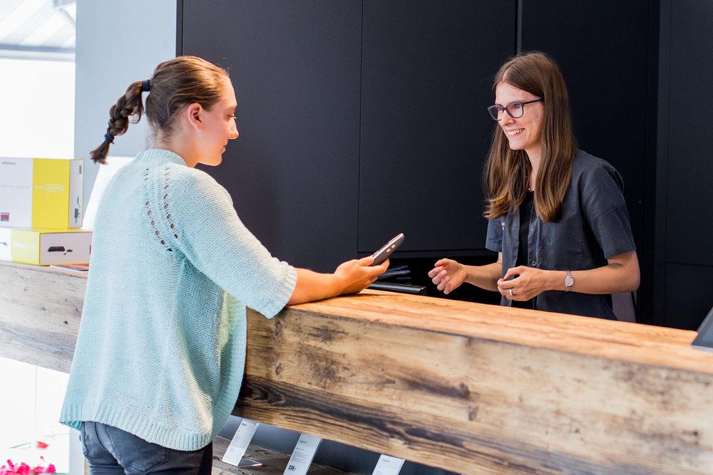 Kompetente Fachberatung - Sie werden persönlich beraten - Ihnen wird dafür die Zeit reserviert und geschenkt. Für Sie werden individuelle Lösungen speziell nach Ihren Bedürfnissen erarbeitet und projektiert.