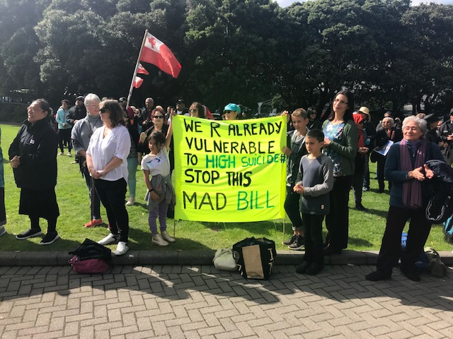 Newstalk ZB: Hundreds of Pacific Islanders rally outside Parliament
