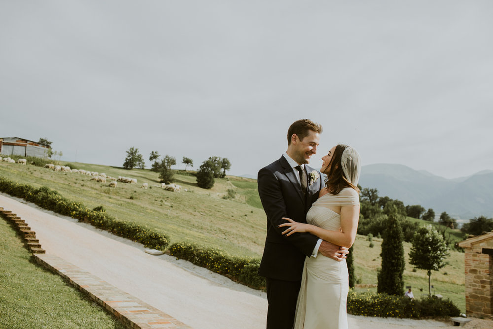 t & s - Wedding in Le Marche Countryside