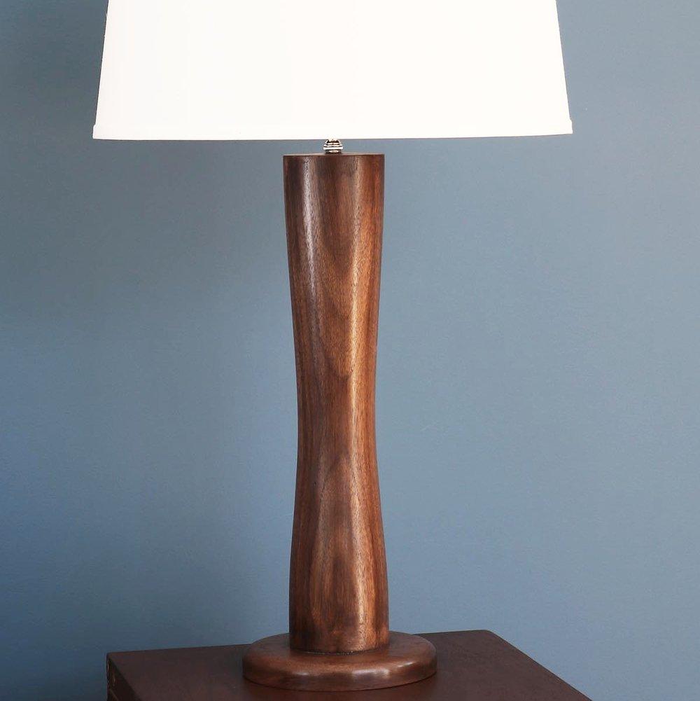 LAMPS PLATTERS & BOWLS -