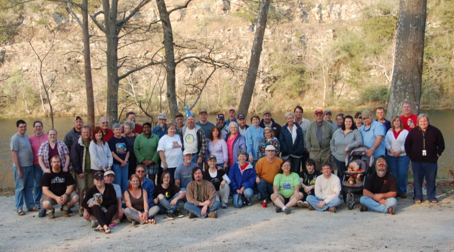 Beavers Bend 2011 group2.JPG