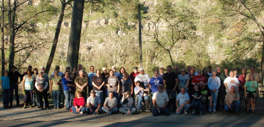 Beavers Bend 2012 Group 2.JPG