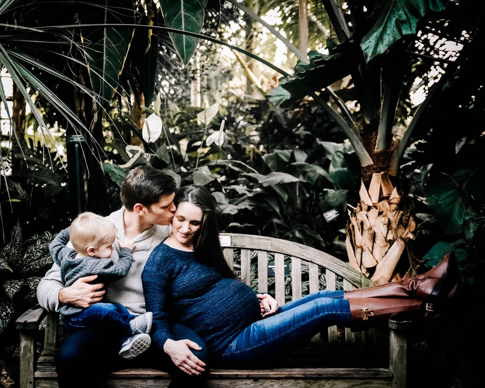 Maternity Lifestyle Session Lincoln Park  Conservatory Chicago