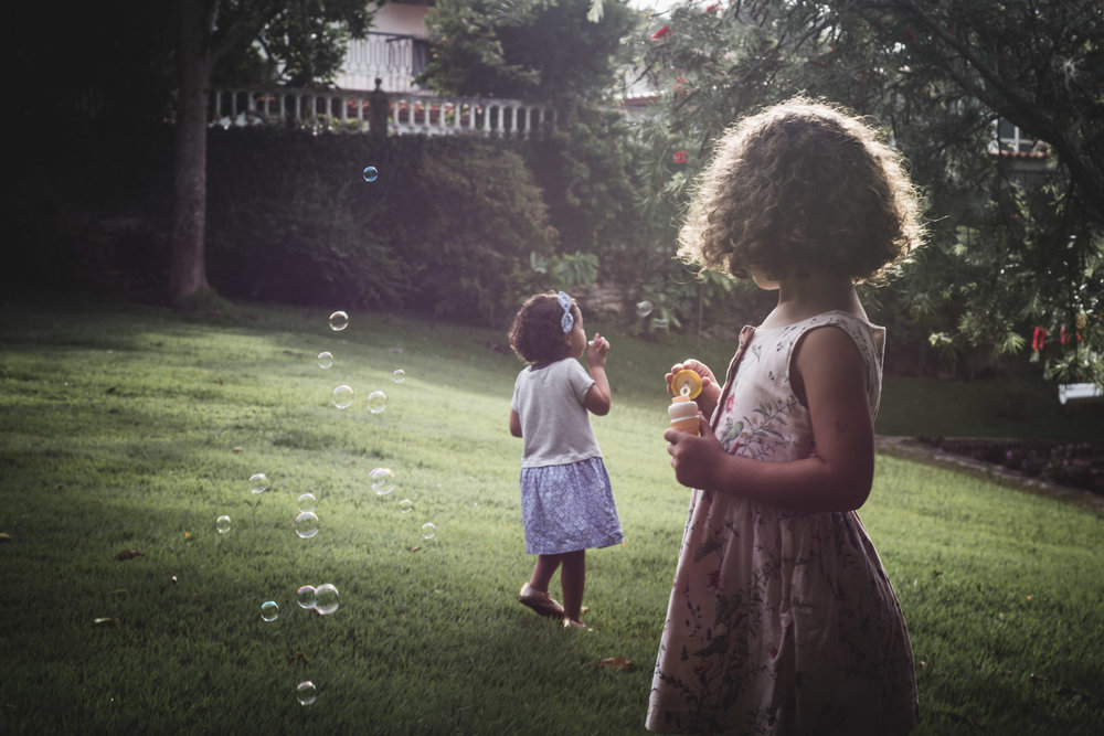 girls, bubbles and sunset. Alicia Mayorca Photography | Chicago Couple + Maternity + Family Photographer.jpg