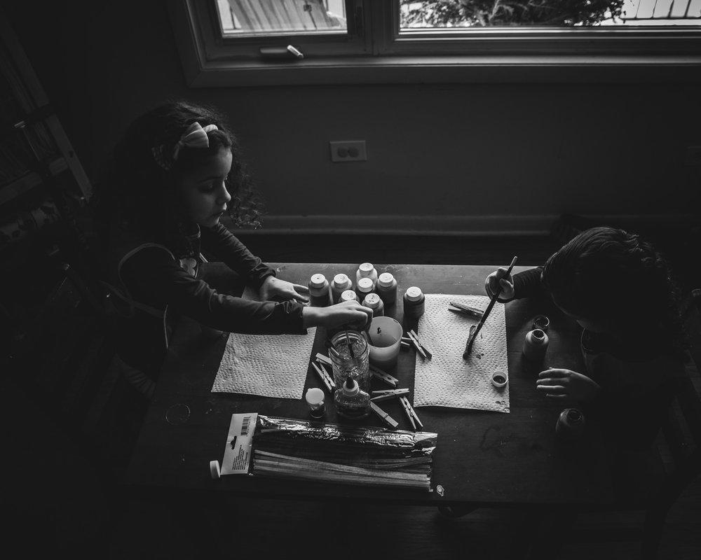 girls painting. Alicia Mayorca Photography | Chicago Couple + Maternity + Family Photographer.jpg