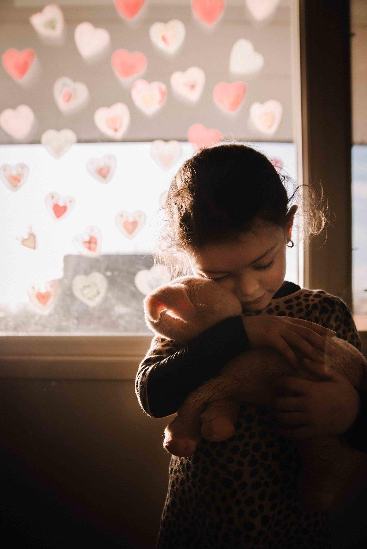 girl and her lovie. Alicia Mayorca Photography | Chicago Couple + Maternity + Family Photographer.jpg