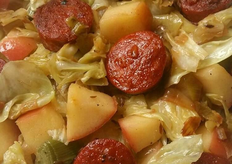 Sautéed cabbage and leeks