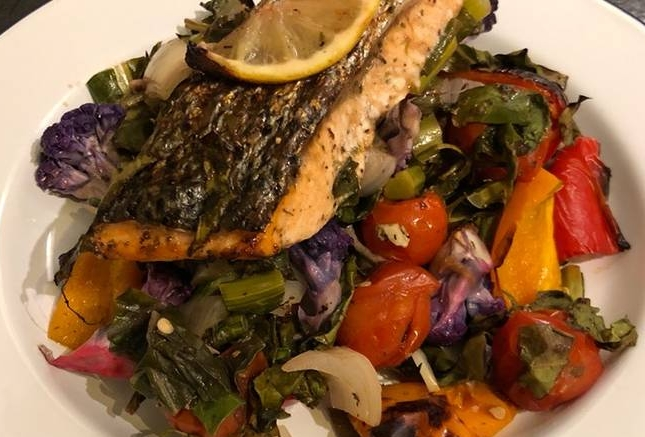 Roast salmon and veg