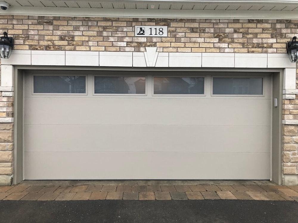 Richards-Wilcox — Grandview Flush Panel