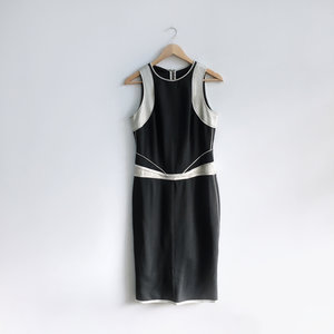 abd508e85bcc Narcisco Rodriguez Contour Sheath Dress - size Medium
