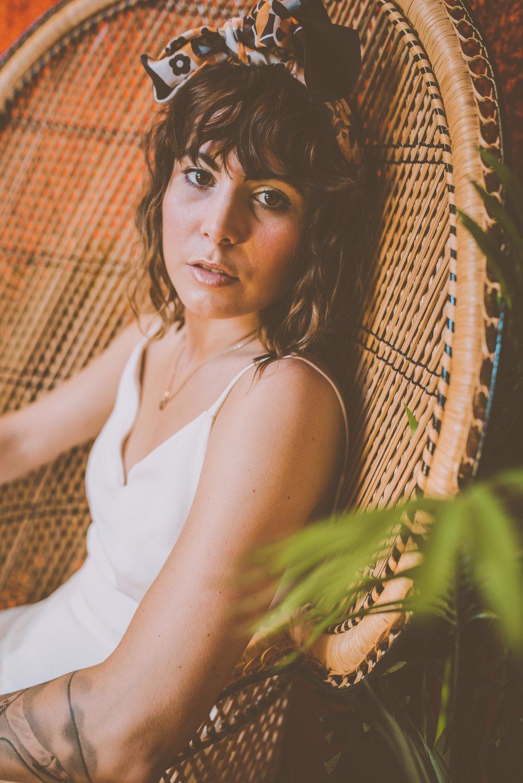 Lucy Cant Dance Modern Bridalwear Cool Bride 70s wedding inspiration 00015.jpg