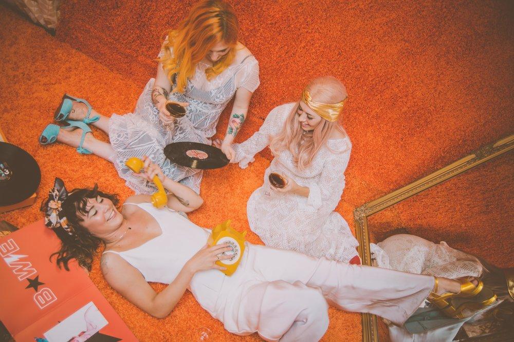 Lucy Cant Dance Modern Bridalwear Cool Bride 70s wedding inspiration 00026.jpg