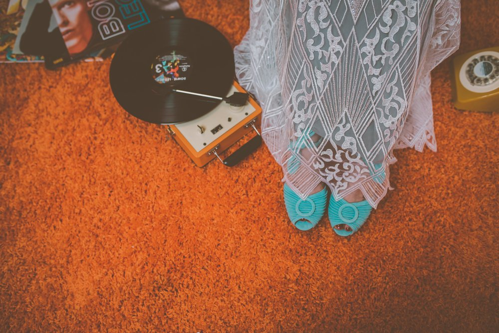 Lucy Cant Dance Modern Bridalwear Cool Bride 70s wedding inspiration 00019.jpg
