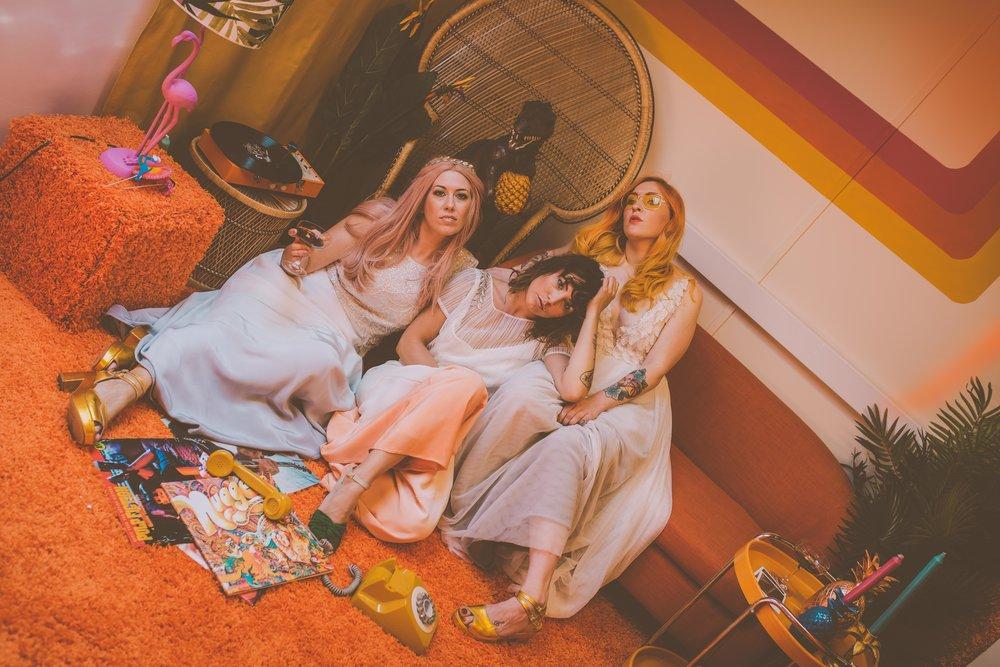 Lucy Cant Dance Modern Bridalwear Cool Bride 70s wedding inspiration 00002.jpg