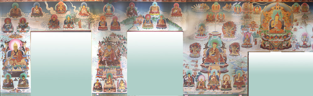The South Wall depicts the 1st Rabjam Rinpoche (Shechen Rabjam Tenpe Gyaltsen), Mindrolling Terchen, Nyak Jnanakumara, the great Guru Padmasambhava, and Nyangrel Nyima Oser. Smaller figures include Khenpo Shantarakshita, King Trisong Detsun, Vairostana, Dorje Lingpa, and Drapa Ngonshe (discoverer of the Four Medicine Tantras).