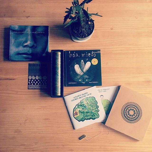 """Vulnerabilidad del ser #claudiaandujar #selvasagrada #ACAIPI """"cartillas geografía sagrada y parentesco"""" autor #ACAIPI editores #stephenhughjones #nelsonortiz @alejandra_balcazar_salamanca Diseño y editora gráfica @quiasma ... #holamiedo @nobarin @alvarorobledoc ... @danielagonzv postal ... @gerritstollbrock planta protectora #lavidacambia #nuevadecada #mesdelaamemoria #selva #alimentodelalma #amazonas"""