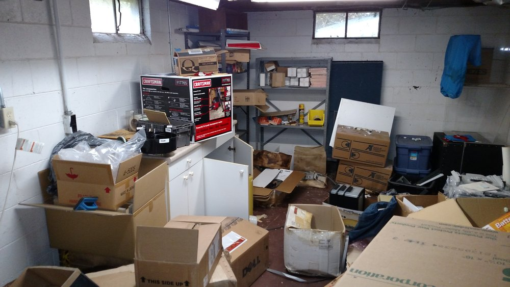 hoarder help, hoarder clean-up, collector, junk