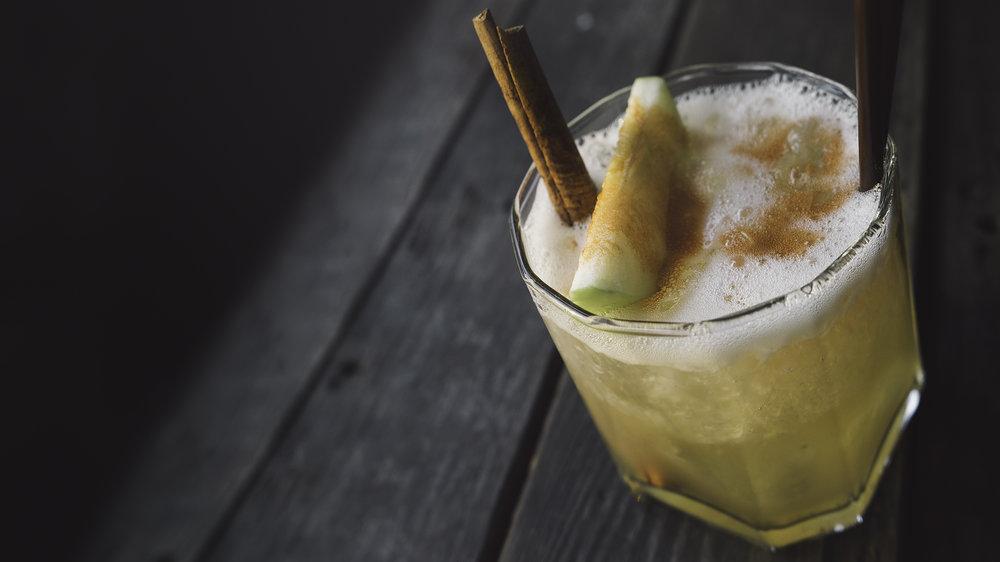 Wolffs Whiskey Sour - Rye Whiskey, Lemon, Simple, Egg White | 14