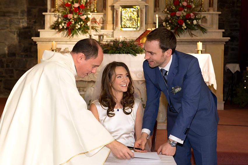 24-irish-wedding-photographer-photography-ballymagarvey-creative-castle-romantic-fairytale-fun-natural-relaxed-documentary-david-maury.jpg