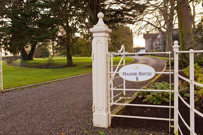28-irish-wedding-photographer-photography-ballymagarvey-creative-castle-romantic-fairytale-fun-natural-relaxed-documentary-david-maury.jpg