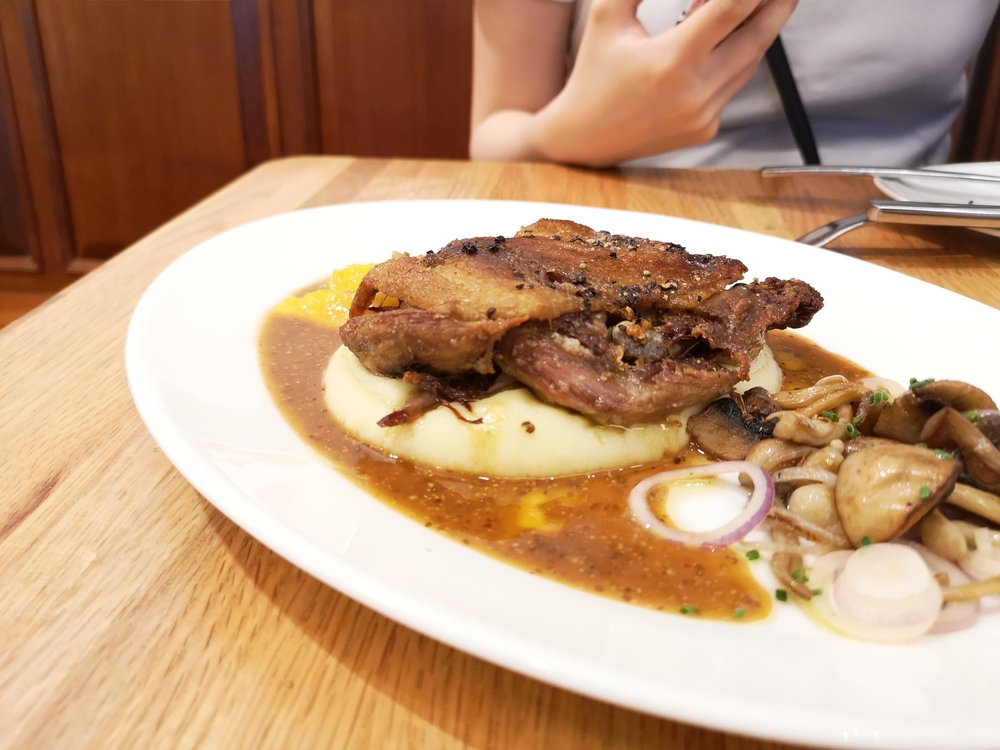 Saveur Singapore Restaurant