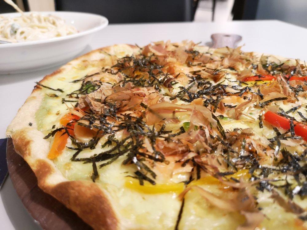 Wasabi Salmon Pizza